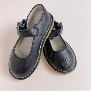 L'Amour Baby girl shoes, Mary Jane's, navy, Sz 7